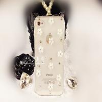 """Чехол со стразами """"Цветы""""для iPhone 4 / 4S"""