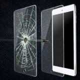 Защитное стекло 0,2mm Tempered Glass для Apple iPad Air 1 и Air 2