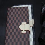 Чехол книжка L.V.  для iPad 2 / 3 / 4 ( шашечки )