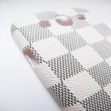 "Чехол накладка L.V. ""шашечки"" для Samsung Galaxy S3"